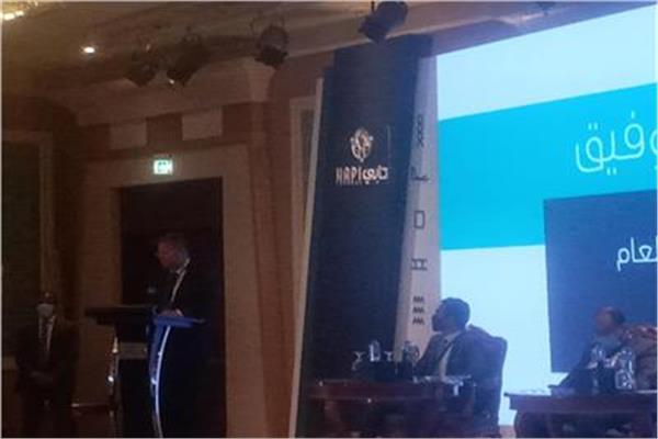 وزير قطاع الأعمال هشام توفيق