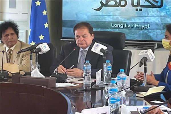 محمد أبو العينين رئيس الشعبة العامة للمستثمرين بالاتحاد العام للغرف التجارية ووكيل مجلس النواب