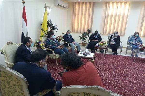 محافظ شمال سيناء يستقبل وزيرة الثقافة