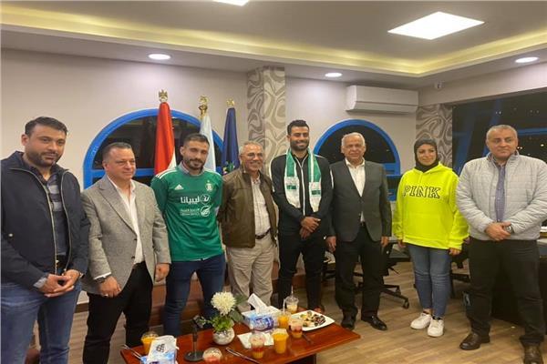 إعارة حسام حسن والترهوني إلى أهلي طرابلس