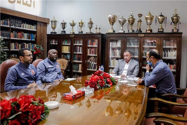 اجتماع الخطيب مع موسيماني