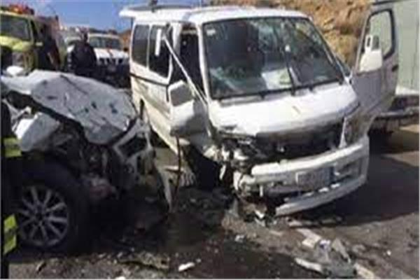 إصابة 3 أشخاص في حادث تصادم بـ«إدفو»