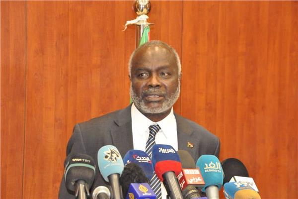 الدكتور جبريل إبراهيم وزير المالية السودانى