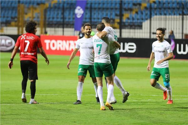 صورة من مباراة المصري وطلائع الجيش