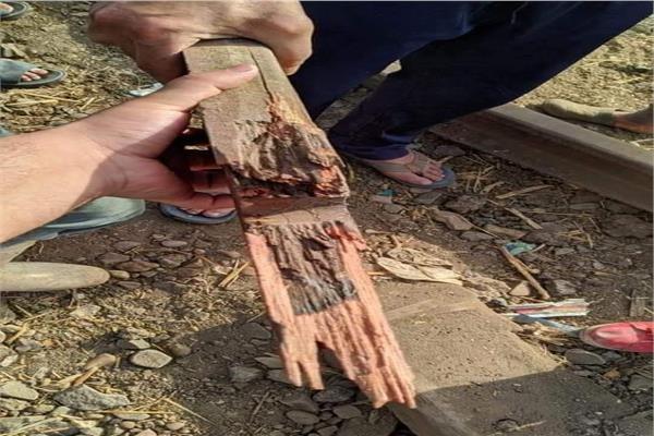 هل «الوصلة الخشبية» السبب في حادث قطار طوخ؟.