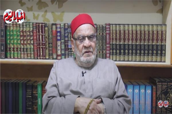 الدكتور «أحمد كريمة»