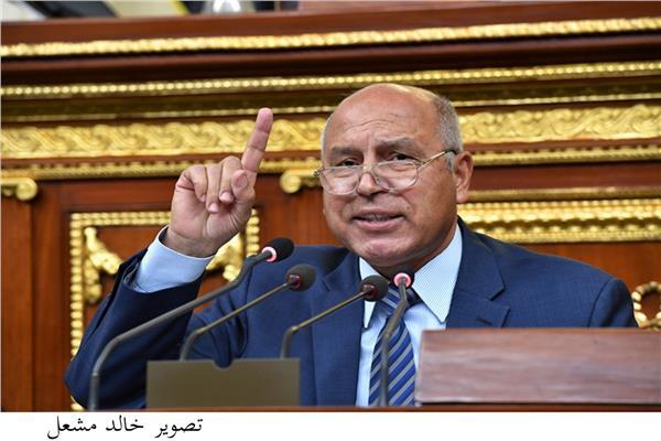 وزير النقل الفريق كامل الوزير من البرلمان