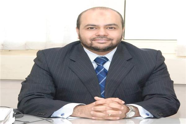أحمد عبد الرازق المتحدث الرسمي باسم مبادرة إحلال السيارات المتقادمة