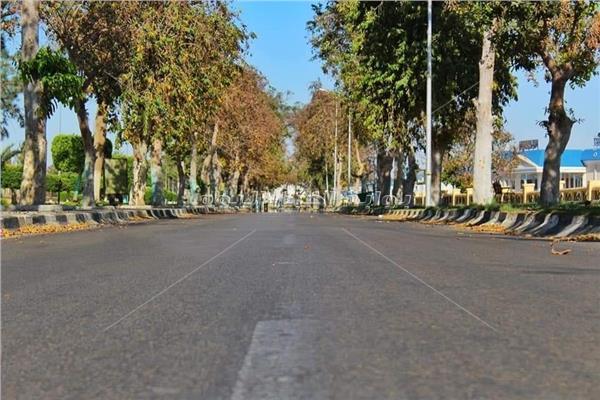 حدائق الإسماعيلية خالية من المواطنين في شم النسيم