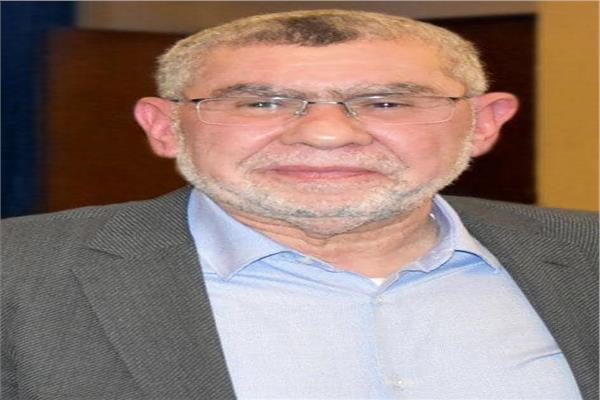 الدكتور أحمد العزبي، رئيس غرفة صناعة الدواء باتحاد الصناعات