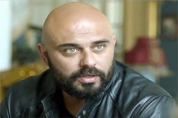 الفنان أحمد صلاح حسني