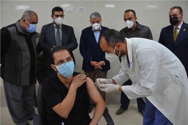 التطعيم بلقاح فيروس كورونا المستجد