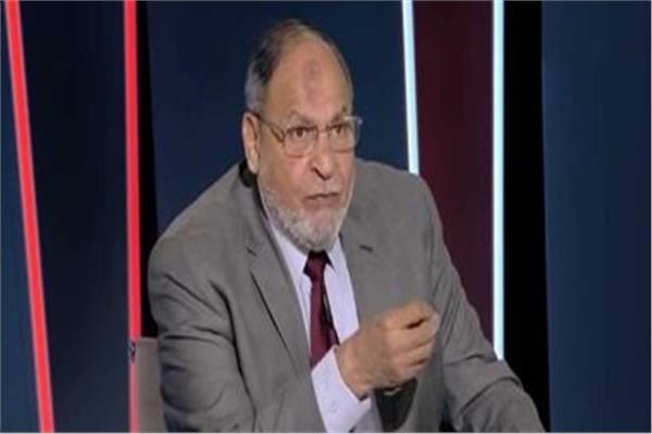 طه إسماعيل نجم الأهلي السابق
