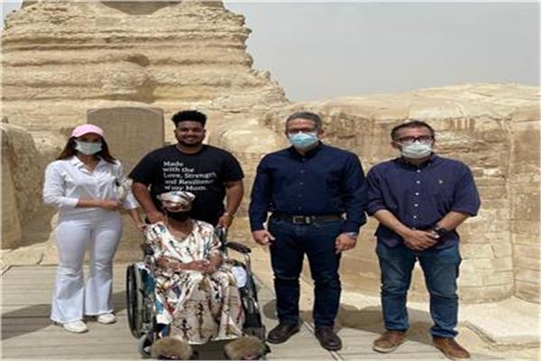 جولة الأمريكية جلوريا بالآثار  المصرية ... صورة أرشيفية