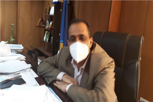 الدكتور محمود طلحة وكيل وزارة الصحة بالبحيرة