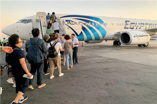 رحلات مصر الطيران