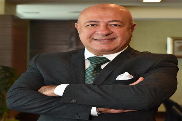 يحيى ابو الفتوح نائب رئيس البنك الأهلي المصري