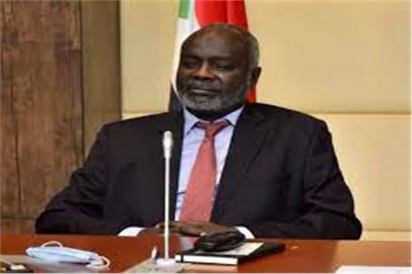 الدكتور جبريل إبراهيم وزير المالية والتخطيط الاقتصادي السوداني