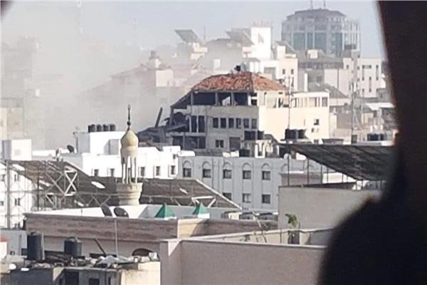 صورة من القصف
