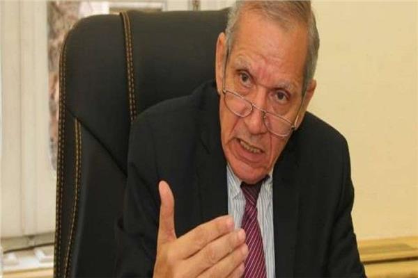 الدكتور محمد مجاهد نائب وزير الاربية والتعليم والتعليم الفني