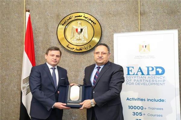 السفير محمد خليل الأمين العام للوكالة المصرية