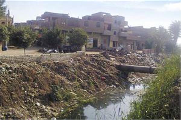 قرية الشقر