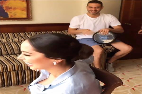 محمد فراج يطبل لـ بسنت شوقي