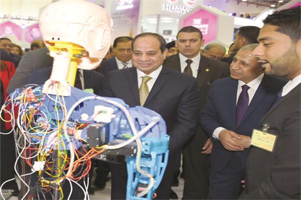 الرئيس عبدالفتاح السيسى و د.إسماعيل عبدالغفار بفرع الأكاديمية