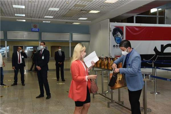 تنشيط السياحة تستقبل اول طائرة من ميلانو
