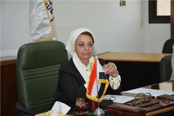 الدكتورة مها غانم نائب رئيس الجامعة لشئون خدمة المجتمع وتنمية البيئة
