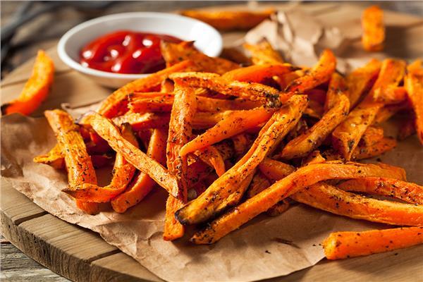 دراسة حديثة  تحذر من دمج البطاطس المقلية مع الطماطم