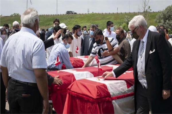 صورة من مراسم الجنازة