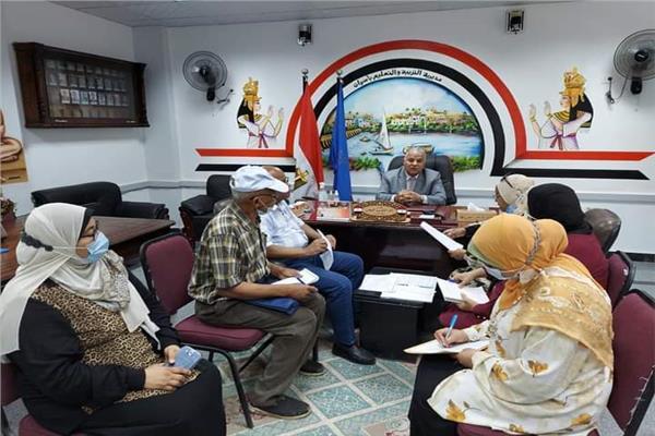 لدكتورخالد قبيصى وكيل وزارة التربية والتعليم بمحافظة أسوان