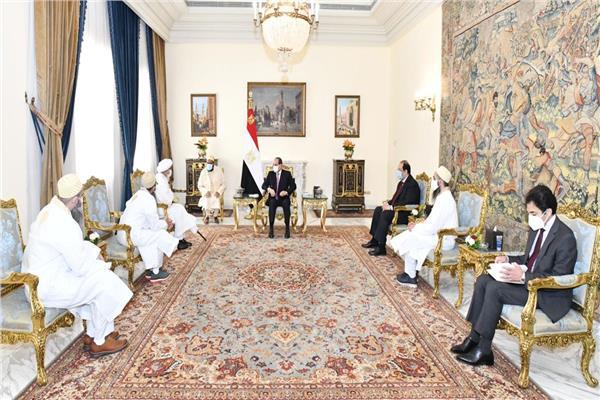 الرئيس السيسي يستقبل السلطان مفضل سيف الدين
