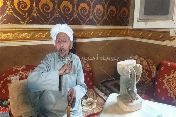 الفنان التشكيلي مصطفى جاب الله