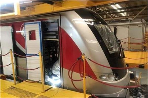 القطار الكهربائي LRT