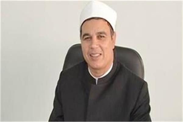 الدكتور عبدالمنعم فؤاد المشرف على الرواق الازهرى و الاستاذ بجامعة الازهر