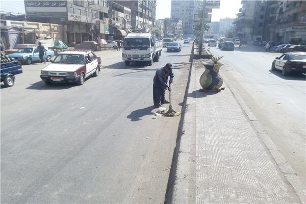 رفع كفاءة الشوارع والميادين وتراكمات القمامة بالمنصورة