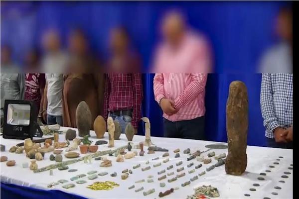 تشكيل لجنة لفحص القطع الآثرية المضبوطة مع «نائب الجن»