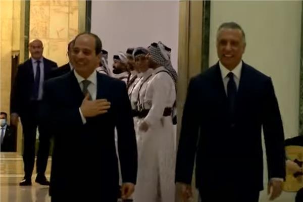 استقبال الرئيس السيسي بالدبكة العراقية في بغداد   فيديو