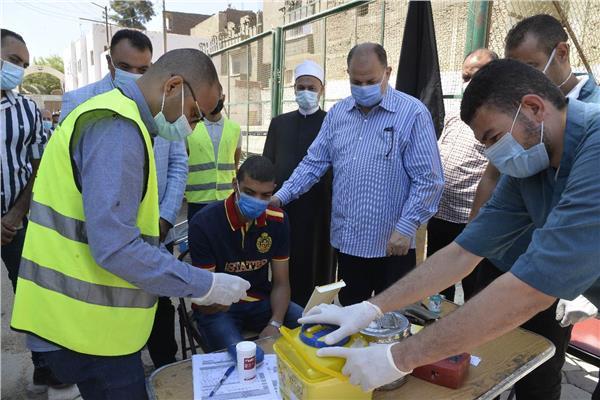 محافظ أسيوط يشهد انطلاق حملة للتبرع بالدم بمركز شباب ناصر ضمن احتفالات ذكرى ثورة 30 يونيو
