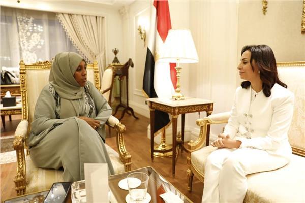 مايا مرسي تلقي نظيرتها بدولة الصومال