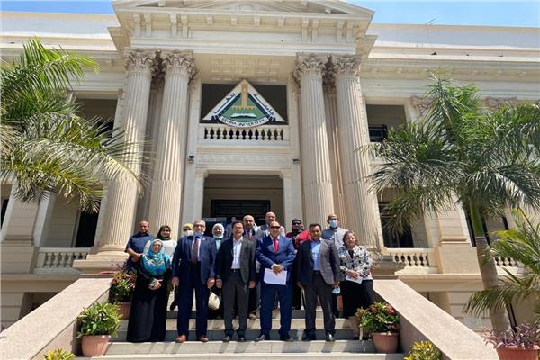 الجيزاوى يستقبل وفد وحدة إدارة المشروعات بوزارة التعليم العالى
