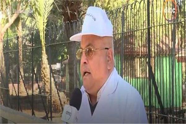 الدكتور محمد رجائي رئيس الإدارة المركزية لحدائق الحيوان