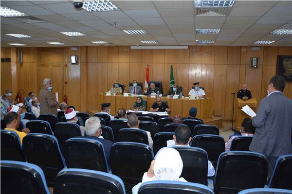 اجتماع المجلس التنفيذي لمحافظ المنيا