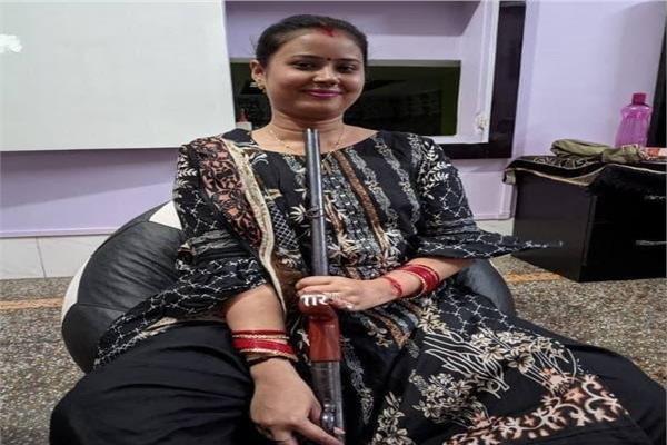 هندية تنتحر بعد إلتقاط «سيلفي البندقية»