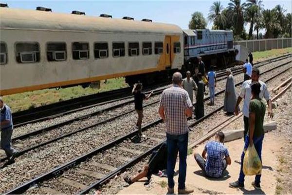 إصابة ٢ فى حادث قطار بنجع حمادى