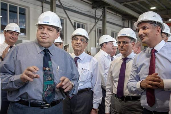 الوفد المصري بمصنع تاجماش بروسيا
