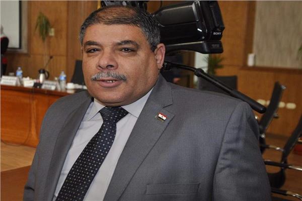 مدحت صالح عميدا لكلية التربية جامعة قناة السويس