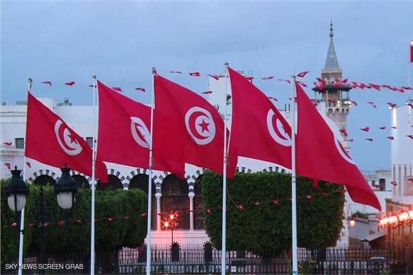الرئاسة التونسية تُعلن عن حملة تطعيم لنصف السكان ضد فيروس كورونا
